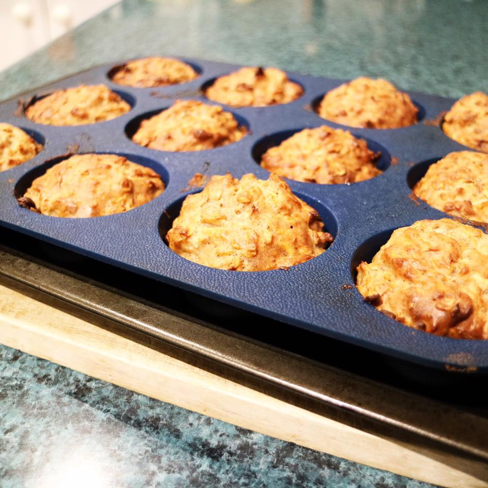 apple muesli muffins